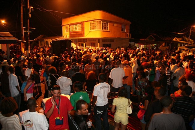 When Gros Islet Friday Night Festivity Went Wrong! : Dancer from Dominica attacked by Man on High Speakers