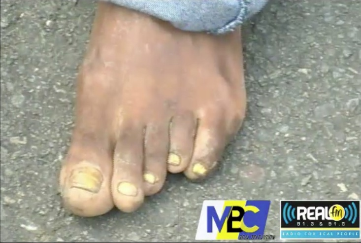 St Lucian Man shows off his PRETTY FEET on National TV (MUST WATCH) – CREOLE