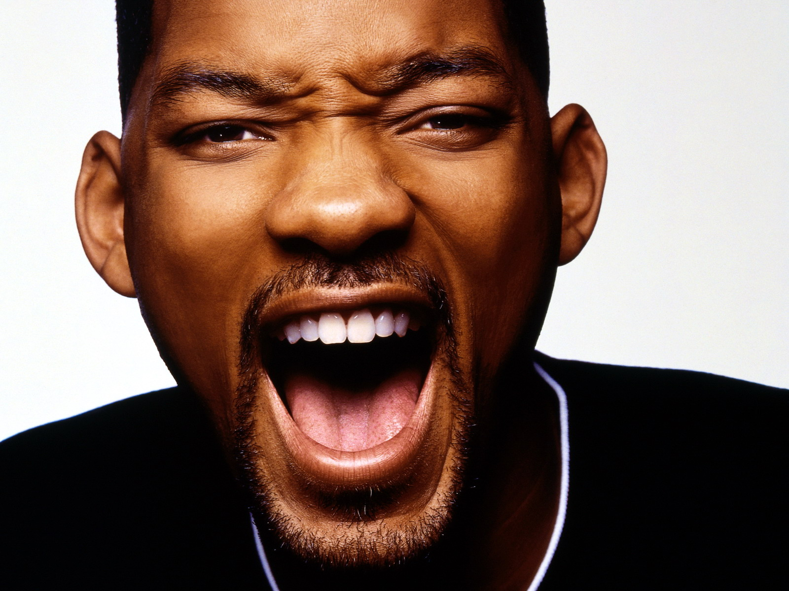 Will Smith Dances To A Lucian Kuduro Hit Song Epic Lmao