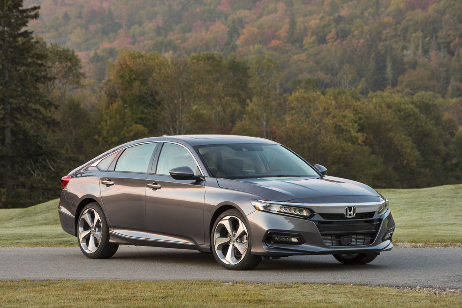 2018 Honda Accord Touring 2 0t 027